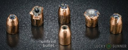 Side by side comparison of an unfired Fiocchi .40 S&W (Smith & Wesson) bullet vs. the unfired round