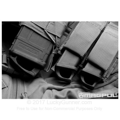 Large image of Magpul - Speedplate - Glock 9mm & 40 S&W Magazine Manipulation Loop