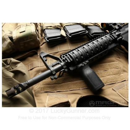 Large image of Magpul - RVG - Rail Vertical Grip - Polymer Rifle Foregrip